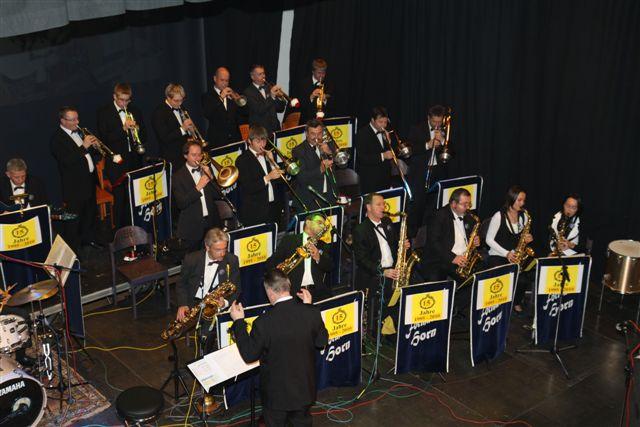 """Big Band wieder auf """"Heimatsuche"""""""
